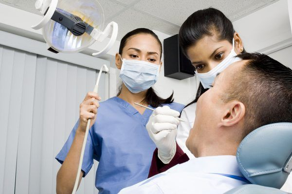Radiology Technician Salaries Vs. Dental Hygienist Salaries - Woman