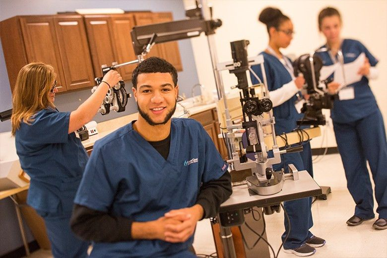 Ophthalmic Assistant Training Program - Michigan | Career Quest