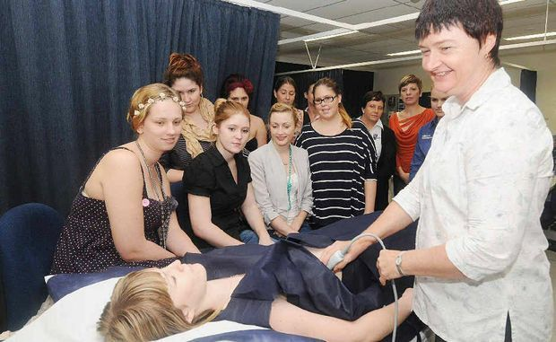 Students get hands-on ultrasound | Mackay Daily Mercury