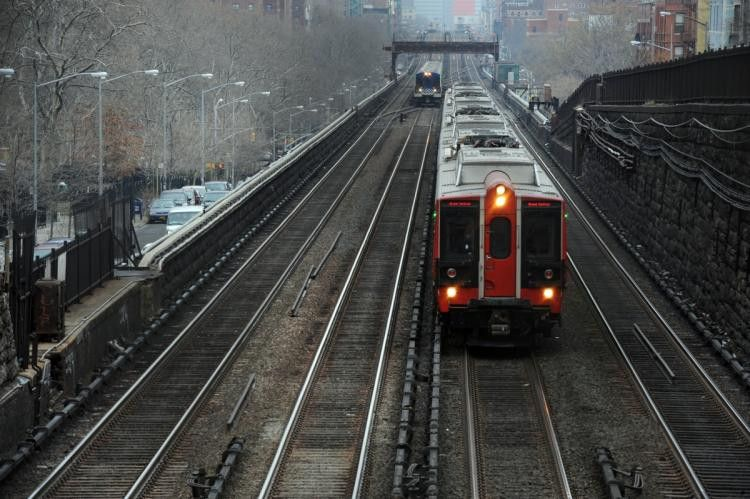 Metro-North gets $250,000 penalty for punishing hurt worker - NY ...