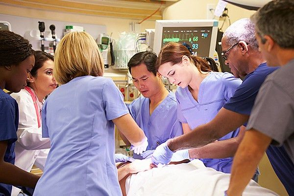 Top 5 Patient Care Technician Career Paths for Pima Medical Students