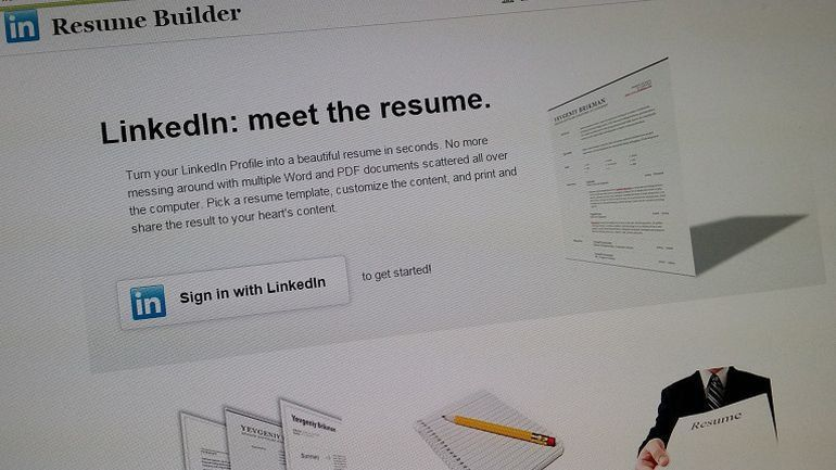 Use LinkedIn Labs to create a resume in a pinch - CNET