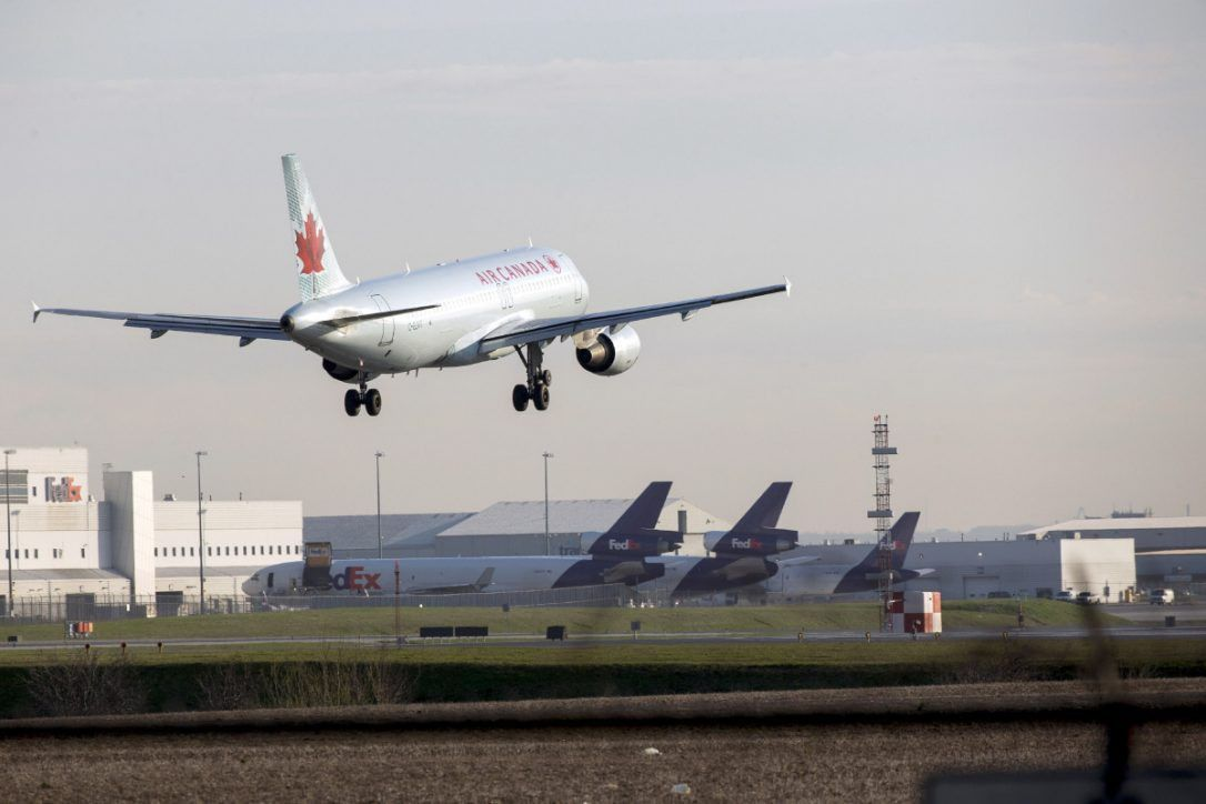 Air Canada flight diverts after passenger attacks crew, tries to ...