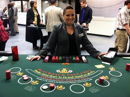Maryland Live! school preps dealers for table games | WTOP