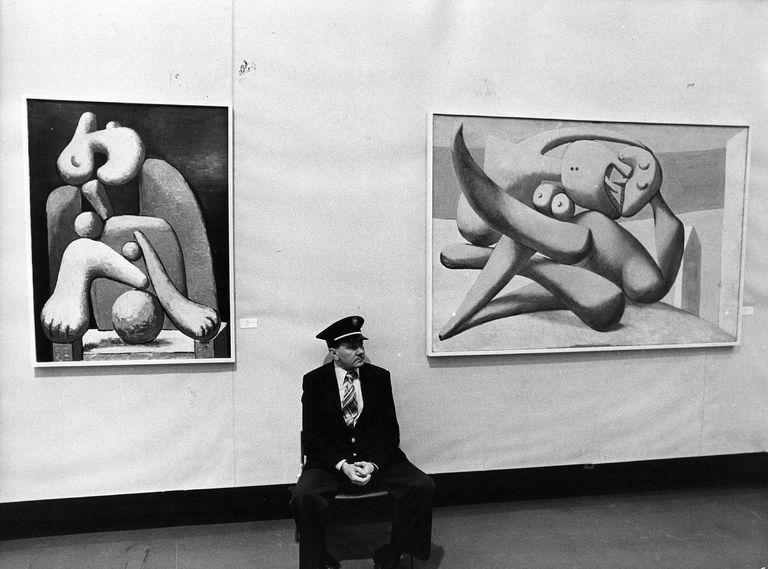 Career Profile of an Art Museum Attendant