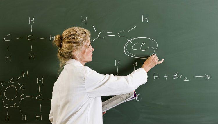 Top 10 Chemistry Jobs | Career Trend