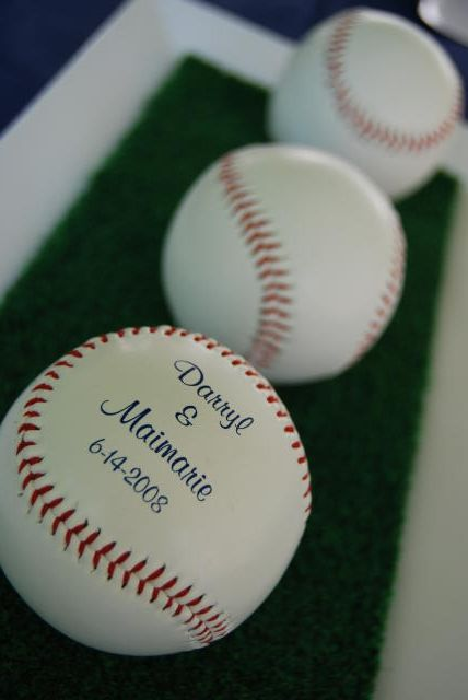 Hit Your Wedding Out of the Park: Baseball Ideas For Your Big Day ...