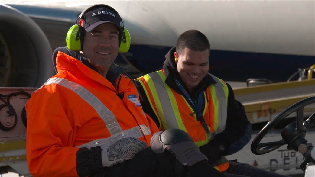 Did Carson Daly delay your flight? See his internship as a ramp ...