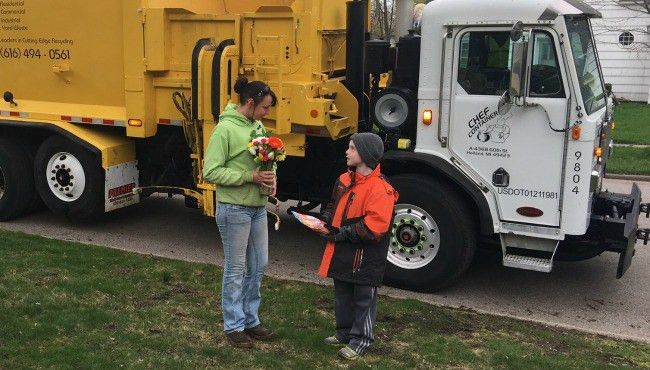 Boy with autism forms friendship with garbage truck driver | KXAN.com