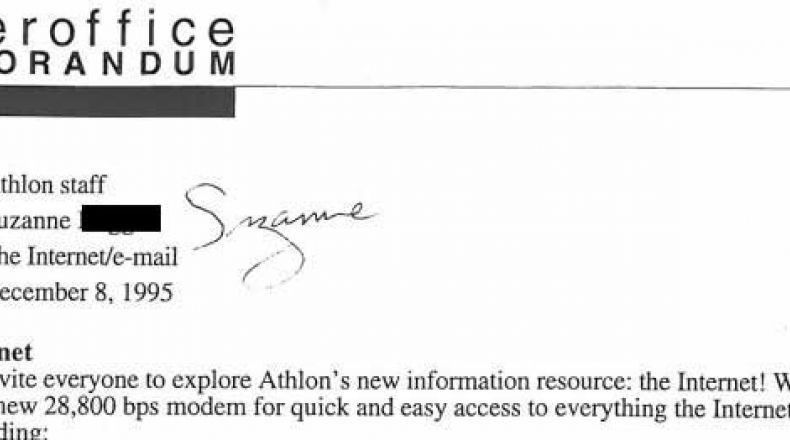"Interoffice Memo from 1995 Explains This New-Fangled ""Internet"""