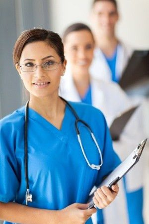 What is a Certified Medical Assistant? Job Description and Salary ...