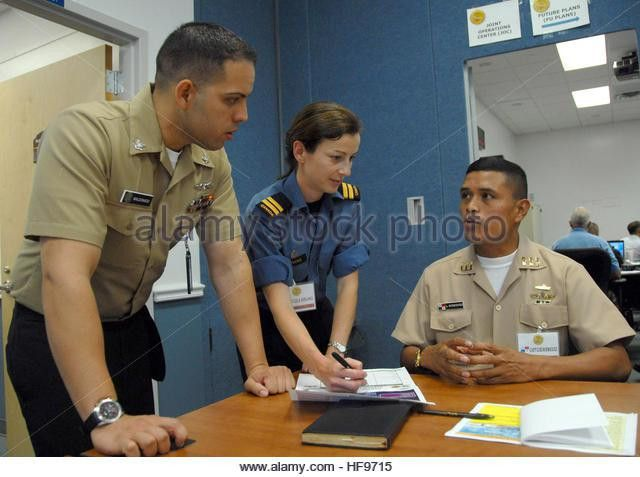 U S Navy Intelligence Specialist 3rd Stock Photos & U S Navy ...