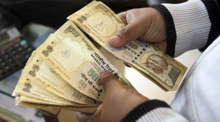 Madhya Pradesh: Revenue inspector caught taking Rs 10,000 bribe ...