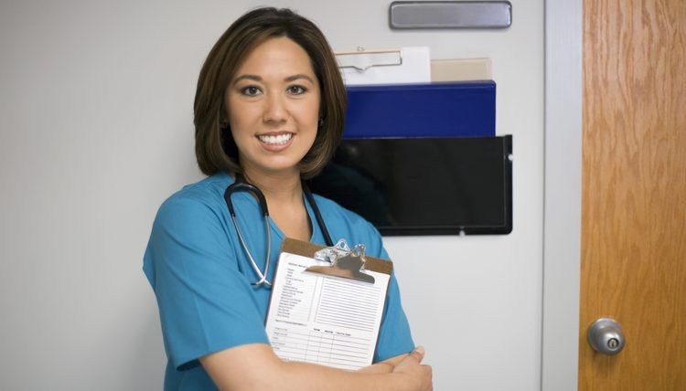 The Job Description of a Pain Management Nurse | Career Trend