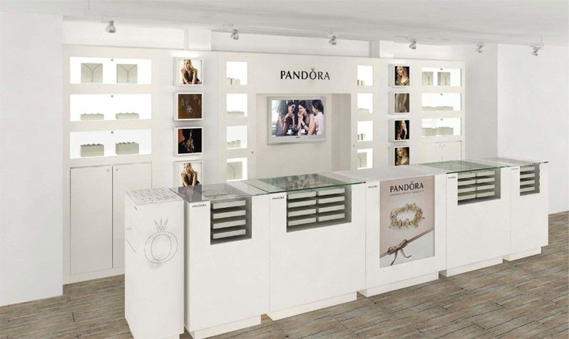 Pandora | Visual Merchandising - CAPS Christophe Carpente ...