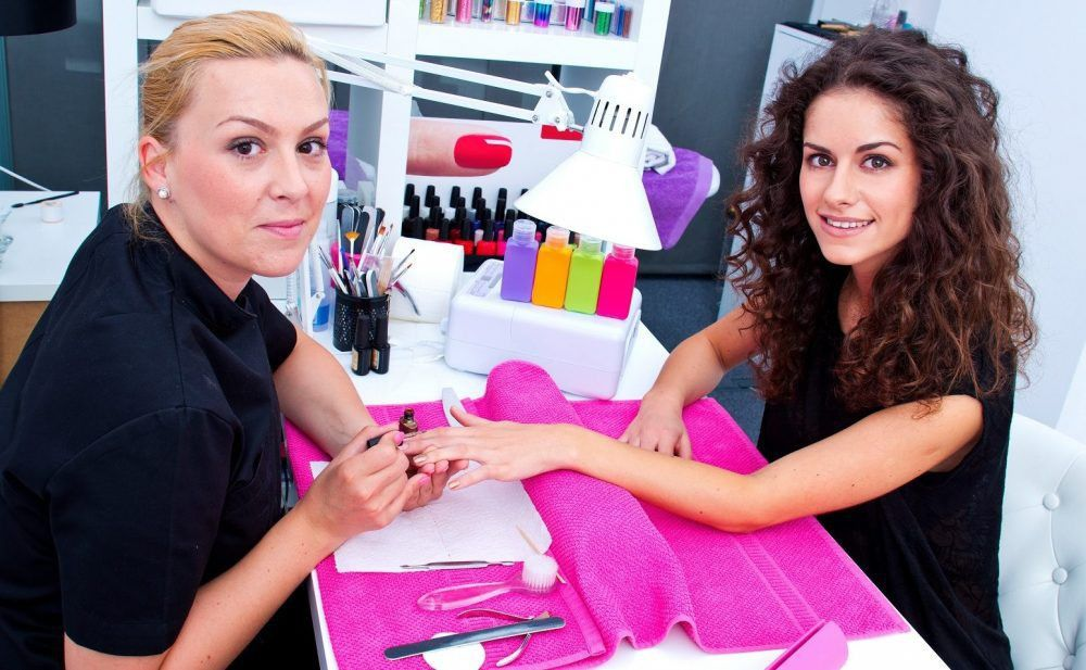 Nail Technician: Salary, Schools, Courses, Job Description, Duties