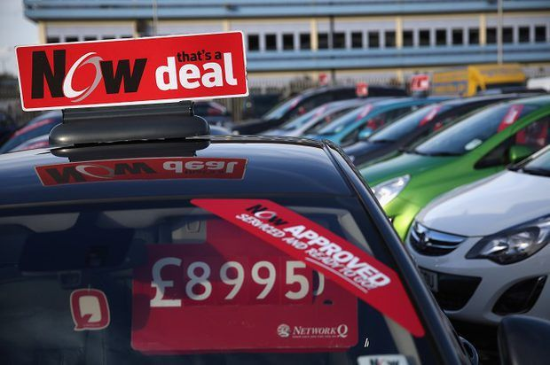 How to become a car loan broker | eHow UK