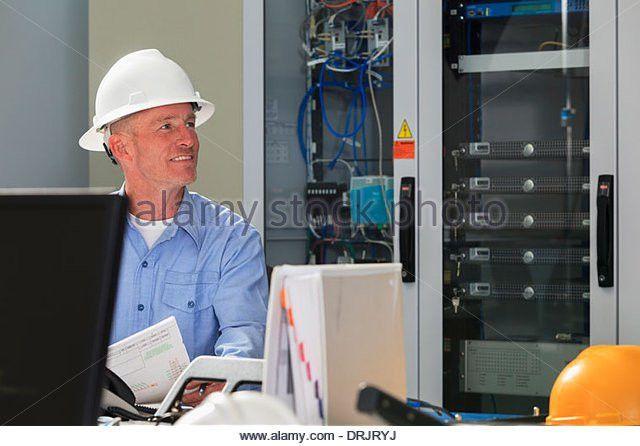 Broadband Engineer Working Stock Photos & Broadband Engineer ...
