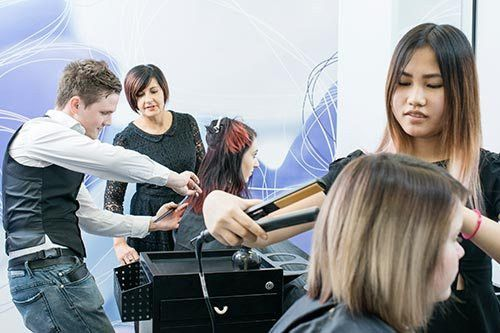 Hair & Beauty Courses - TAFE SA