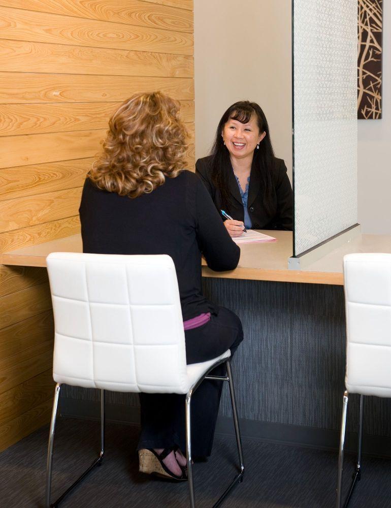 Staffing consultant Mai condu... - Peak Performers Office Photo ...