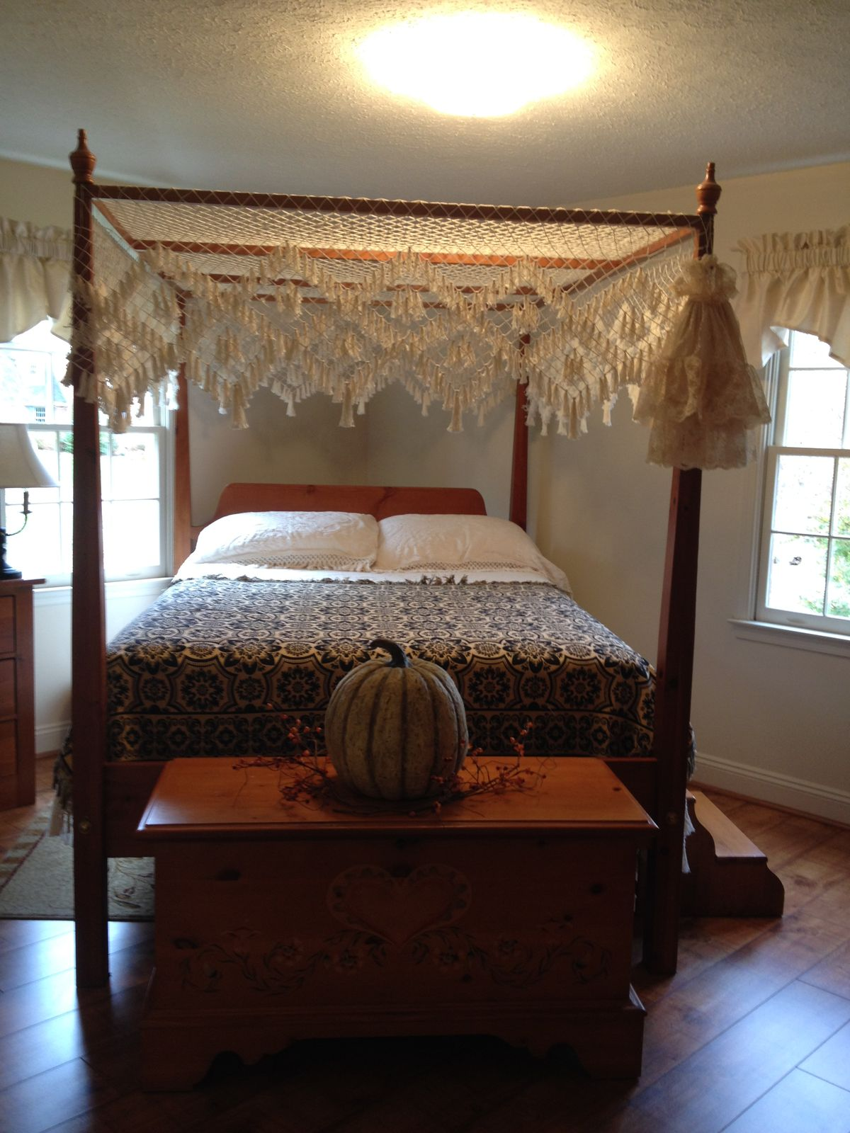 primitive style bedrooms 2 on pinterest country sampler primitive