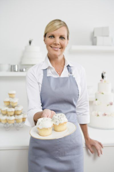 Pastry Chef Job Description - Woman