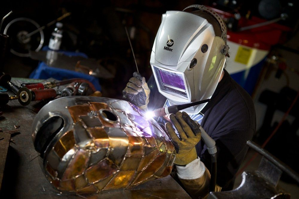 Training your off hand for TIG welding - The Fabricator