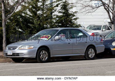 For Sale sign on car window - Virginia USA Stock Photo, Royalty ...