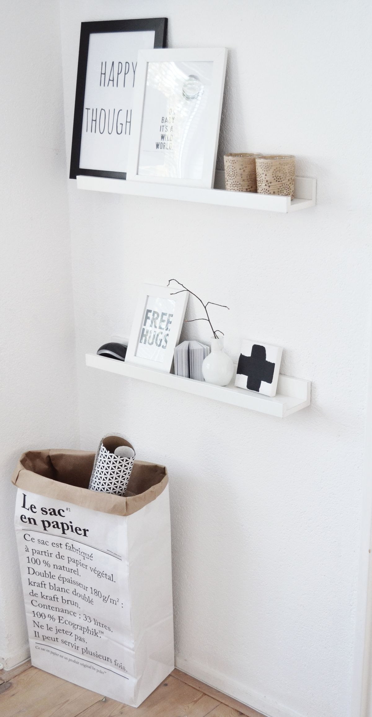 1000 images about le sac en papier on pinterest paper bags love warriors and search. Black Bedroom Furniture Sets. Home Design Ideas