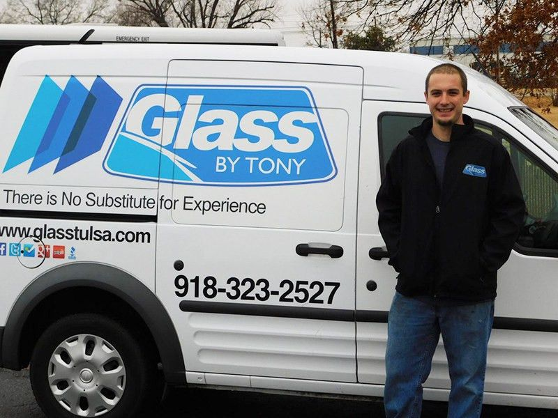 Mobile Auto Glass Repair in Tulsa   Glass By Tony
