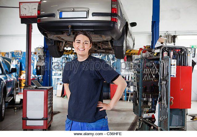 Mechanical Engineering Machine Shop Stock Photos & Mechanical ...