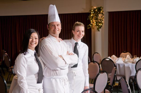 What Is A Banquet Chef?   Woman