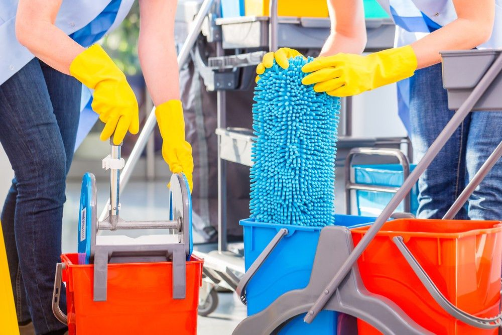 3 Tips for Getting Valuable Commercial Cleaning Contracts - Roman ...