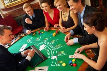 What Is the Salary Range for a Casino Dealer