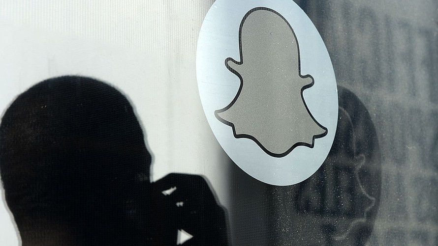 Snap gets boost from underwriting banks' sunny reports - MarketWatch