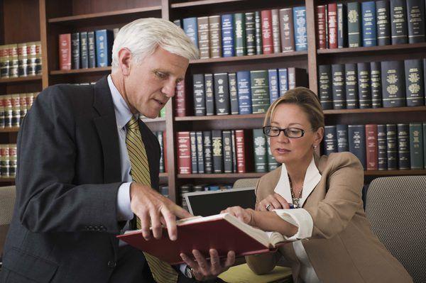 Job Description of a Criminal Law Paralegal - Woman