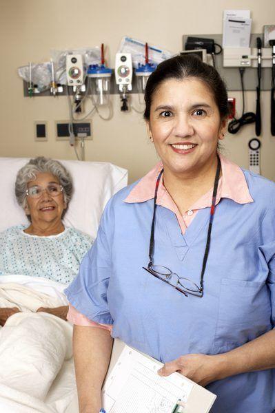 The Job Description of a Recovery Room Nurse - Woman