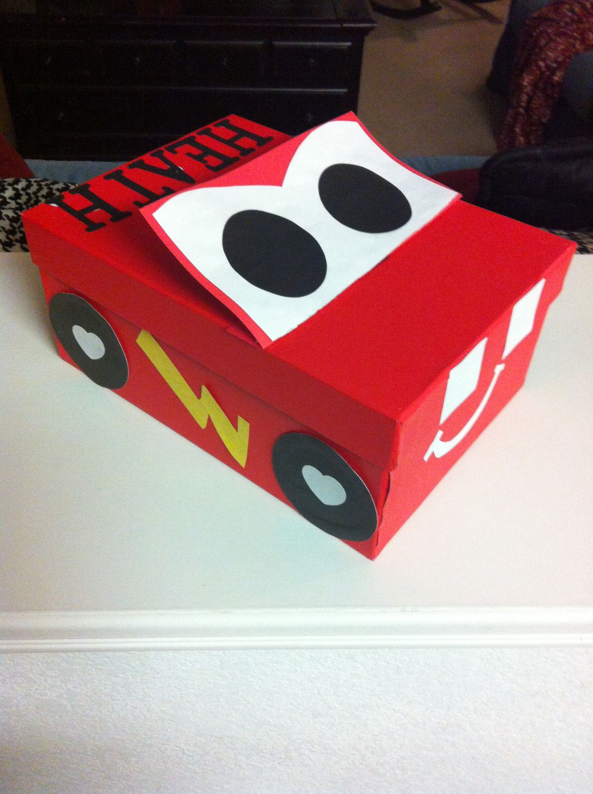 valentine's day shoebox decorating