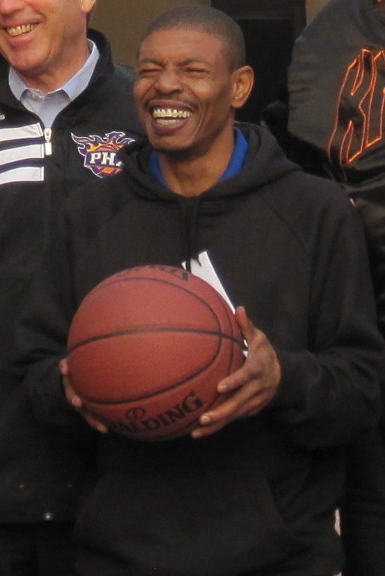 Muggsy Bogues - Wikipedia