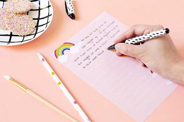 Printable rainbow letter paper – Make and Tell