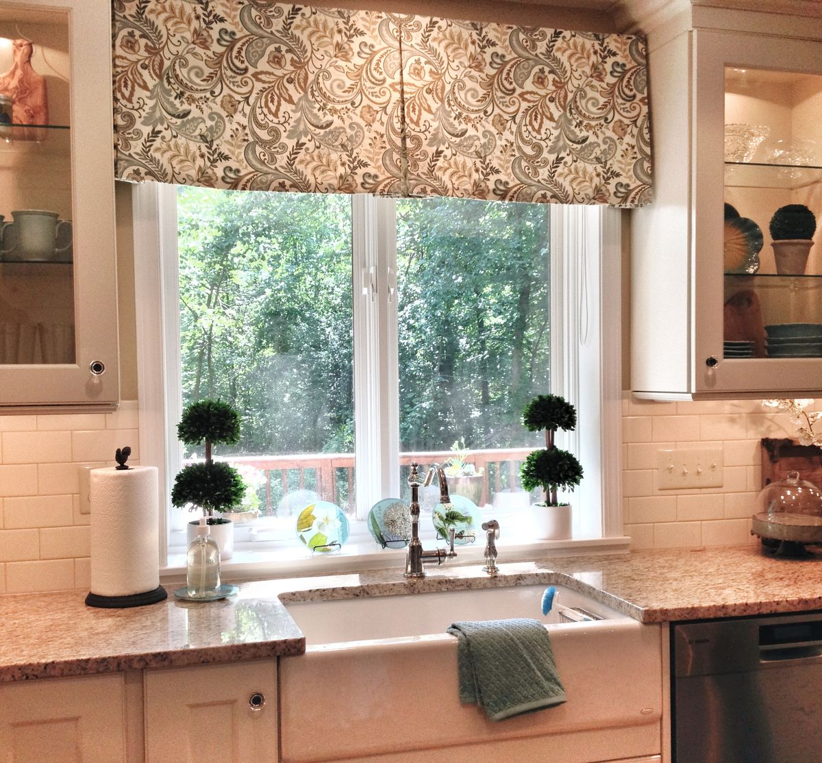 Kitchen Curtains With White Cabinets: Window Treatments, Window And Cabinets On Pinterest