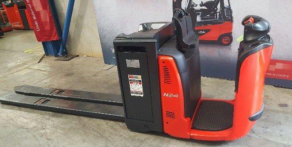 Used Forklift for Sale - Series 132 N24HP Order Picker u20176