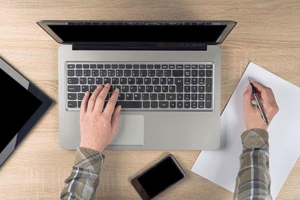Freelance or Creative Agency: How Do You Choose?