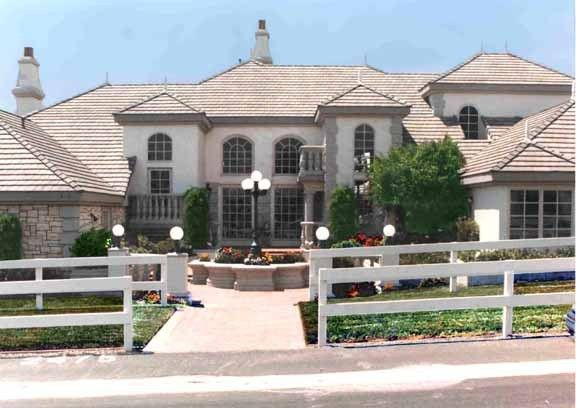 Milgard replacement windows in Million Dollar Houses pictures