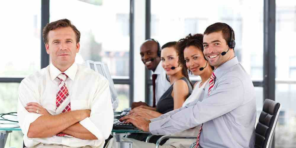 16 fields related to call center. woman specialist call center ...
