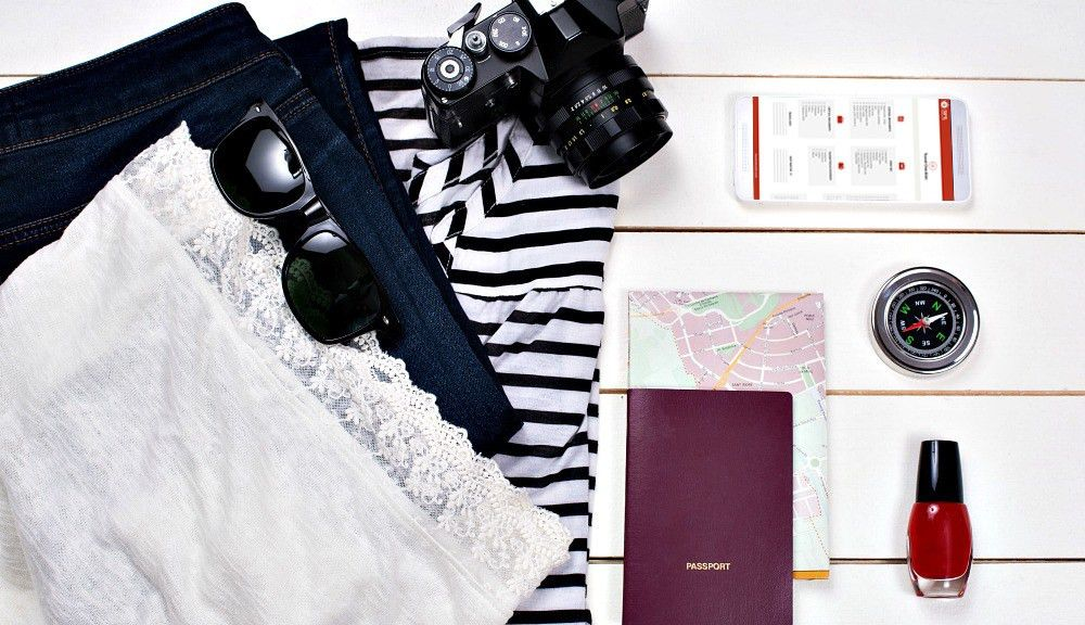 Packing List (and Printable Travel Checklist)