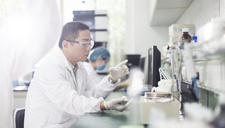 Careers in Biochemistry | Career Trend