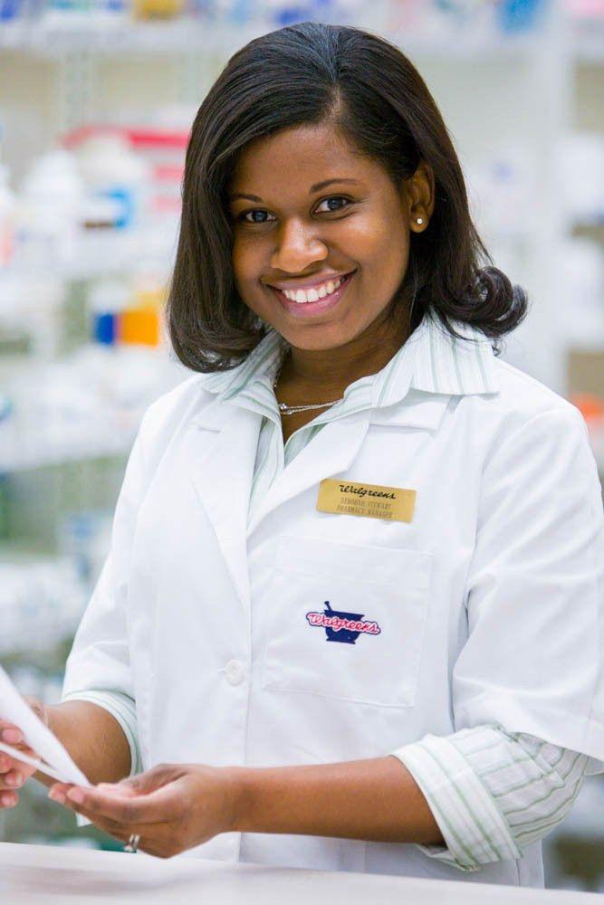 Environmental Portrait of Walgreens Pharmacist | Healthcare | PAIN ...