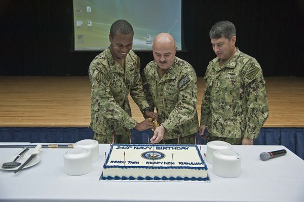 NAVCENT Sailors Reenlist on Navy Birthday > U.S. Naval Forces ...