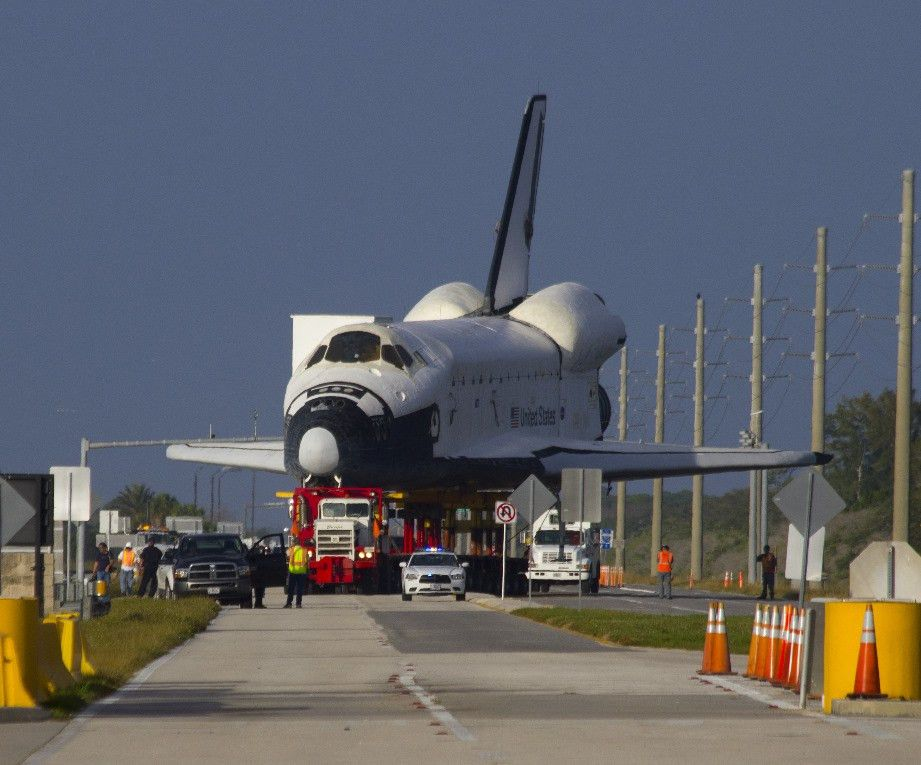 Space Shuttle Model Explorer moves out of KSC – Wired4Space